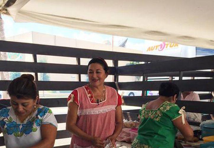 Imagen de la clausura del Encuentro Gastronómico del Mayab K'óoben 2016, que tuvo lugar este domingo en la explanada del Centro de Convenciones Yucatán Siglo XXI. (Facebook K'óoben Encuentro Gastronómico del Mayab)