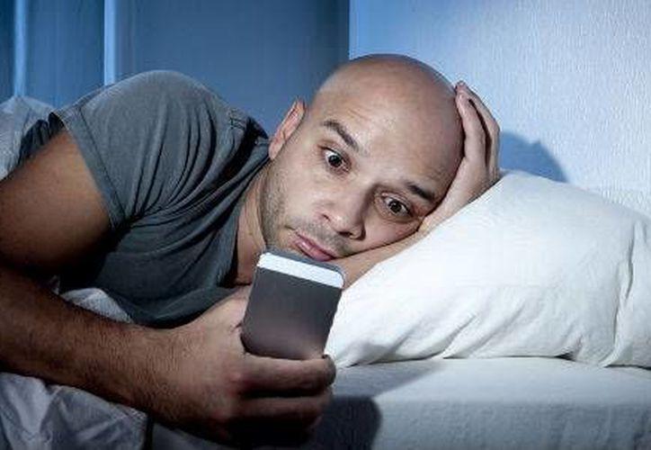 Dispositivos móviles afectan ciclo del sueño