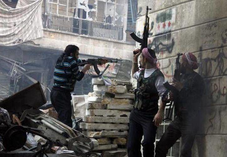 El Ejército Libre Sirio inició una investigación para llevar ante la justicia al autor de la profanación del cadáver. (Agencias)
