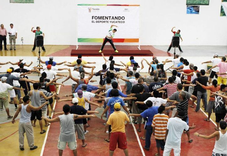 El IDEY brindará 'activación física' y material deportivo a internos del Ceama y el Cereso. (Cortesía)