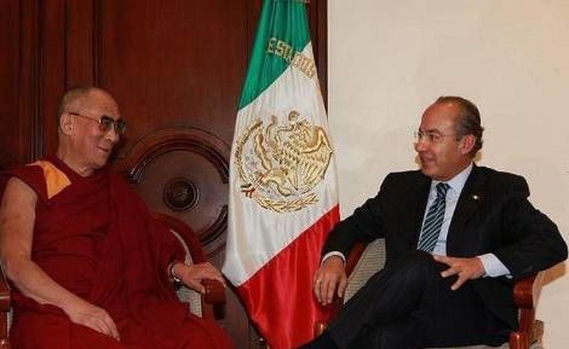 En 2011 el entonces presidente Felipe Calderón se reunió con el Dalai Lama. (Milenio/Archivo)