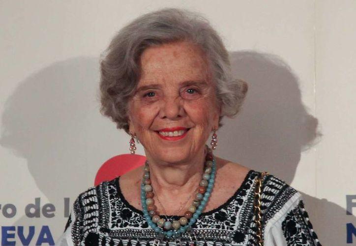 """En su libro, Sara Poot Herrera destaca que nadie hubiera sospechado que Elena Poniatowska (foto) quien cruzó el Atlántico en 1942, sería la voz de voces de """"La noche de Tlatelolco"""". (Archivo Notimex)"""