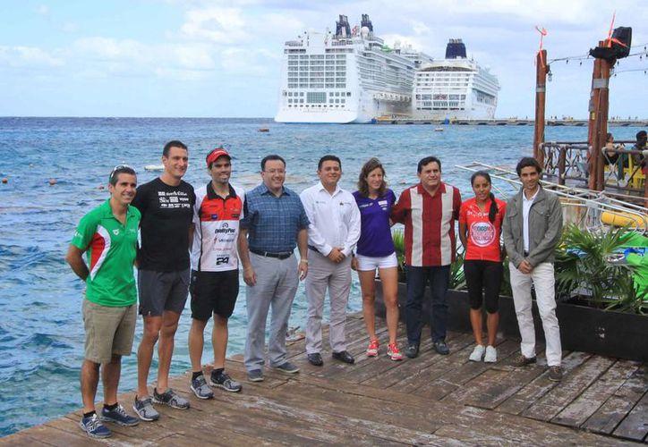 Se espara la presencia de aproximadamente dos mil 500 atletas provenientes de 64 países en Cozumel. (Gustavo Villegas/SIPSE)