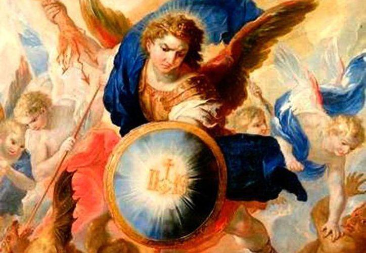 El 'enfrentamiento' entre San Miguel Arcángel y el demonio revela, sobre todo, la soberbia, raíz de todos lo males de los fieles. (vaticanocatolico.com)