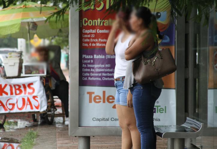 La mayoría de las quejas provienen de mujeres; el delito se cataloga como una forma de violencia. (Daniel Tejada/SIPSE)