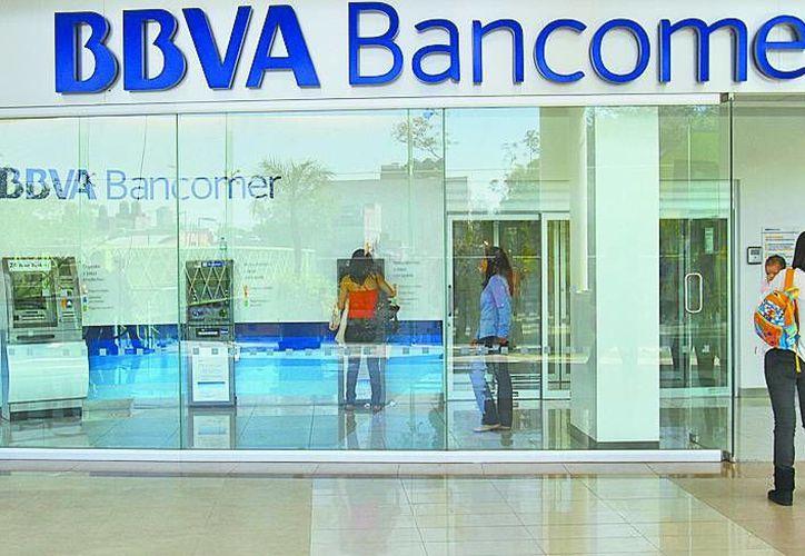 La Asociación de Bancos de México informó que las instituciones bancarias no darán servicio al público el 1 de enero. (SIPSE/Archivo)