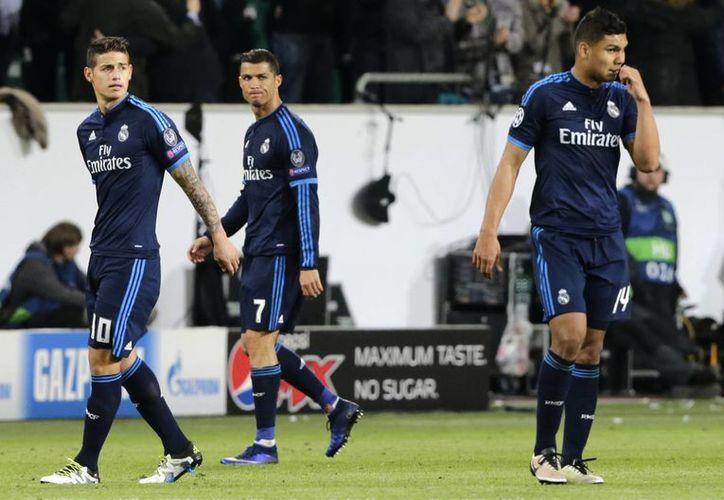 Real Madrid ahora tiene la responsabilidad remontar en el Santiago Bernabéu el miércoles 13 de abril. (AP)