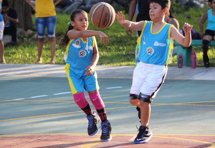 El recorte afectará el desarrollo y rendimiento de los atletas, consideran directivos de asociaciones. (Miguel Maldonado/SIPSE)