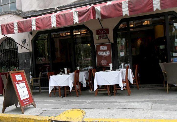 El costo de los restaurantes fue uno de los factores que incidió en el aumento de la inflación. (Notimex/Contexto)