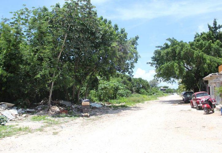 El cuerpo fue hallado en un camino de terracería, en las inmediaciones de la colonia El Pedregal. (SIPSE)