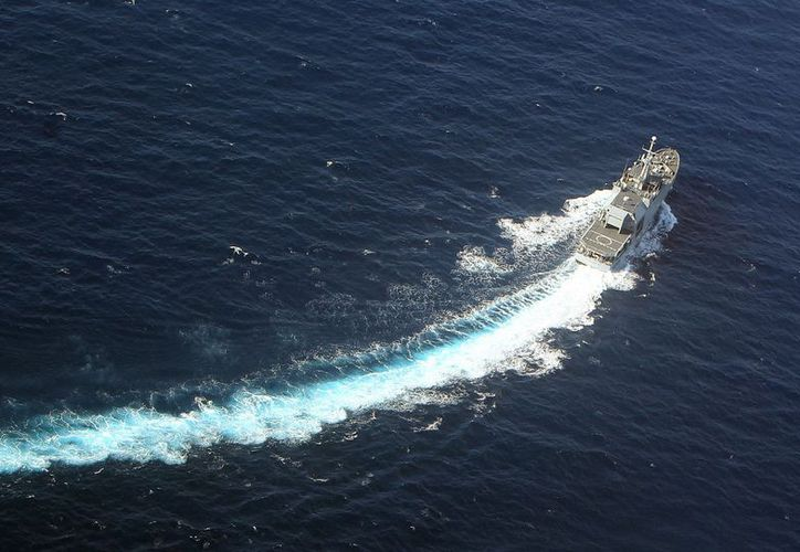 Guardacostas lograron poner a salvo a 14 de los ocupantes del barco. (Foto de contexto)