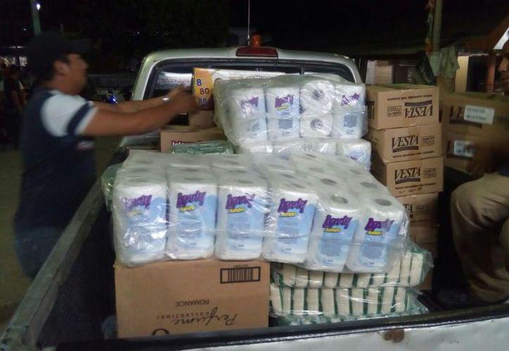 Alimentos no perecederos y artículos de uso personal serán de gran ayuda para las víctimas del deslave volcánico. (Carlos Castillo/SIPSE)