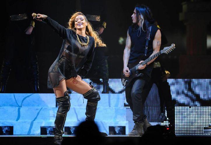A diferencia de Boston, los fanáticos neoyorkinos aplaudieron a la cantante a pesar del retraso. (Agencias)