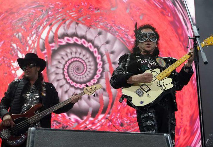 Alex Lora y El Tri siguen haciendo historia en el rock mexicano. (Archivo Notimex)