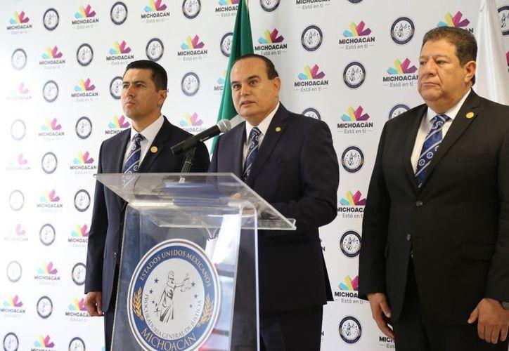 Godoy Castro resaltó que las pruebas encontradas refieren coincidencias con los retratos hablados. (Milenio)