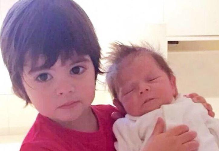 Shakira y Gerard Piqué consideran que esta foto de sus hijos viola su privacidad. (Milenio)