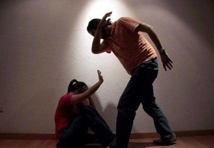 La mujer estaba cansada de los malos tratos a los que era sometida por su esposo. (Foto de contexto)