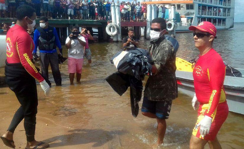 Al menos 41 personas han muerto en dos naufragios registrados en Brasil. (AP).