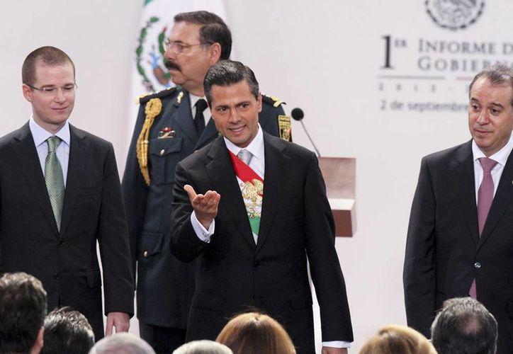 Peña Nieto dijo que el país no puede conformarse con el crecimiento que ha tenido durante estos primeros nueve meses. (NTX)