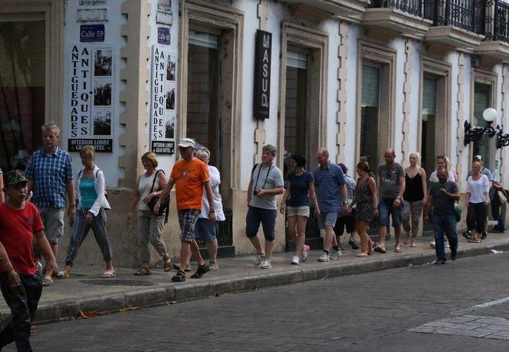 El presidente del Consejo Empresarial Turístico de Yucatán (Cetur), Jorge Escalante Bolio, mencionó que el 2016 será muy bueno para atraer visitantes de negocios y congresos a la entidad. (SIPSE)
