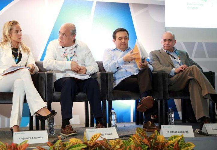 Conferencia en el marco de la Reunión Ministerial de Economía Digital. (Luis Soto/SIPSE)