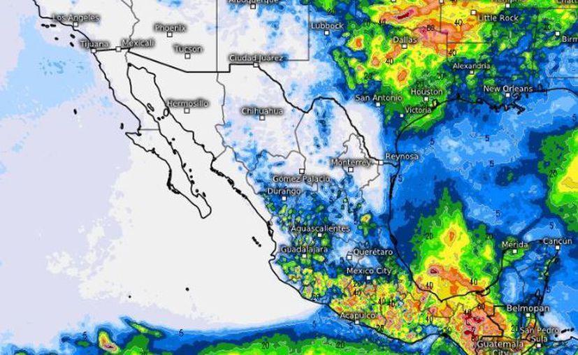 La imagen de satélite muestra la onda tropical número tres y un canal de baja presión. (SMN)