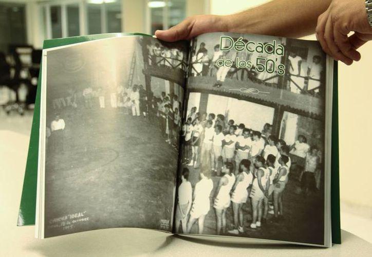 Este sábado se presentó el libro '100 años del primer enceste' que compendia los más importantes acontecimientos del basquetbol en Yucatán. (Uziel Góngora/SIPSE)