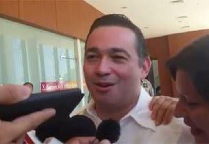 Imagen de Enrique Lara González, cuando fue liberado en septiembre pasado. (Milenio Novedades)