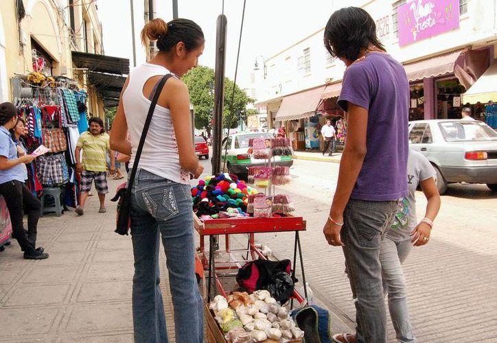 Esperan más ambulantes con la Reforma hacendaria. (Milenio Novedades)