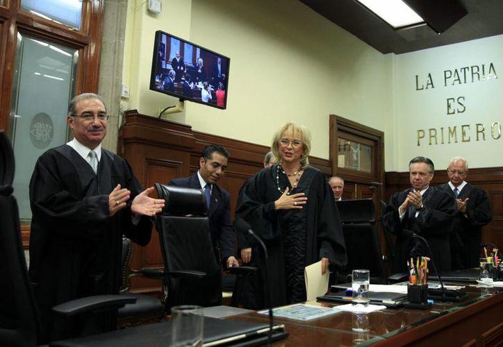 Por las tres togas para cada uno de los 11 ministros, la Corte eroga 544 mil 500 pesos. (Archivo/Notimex)