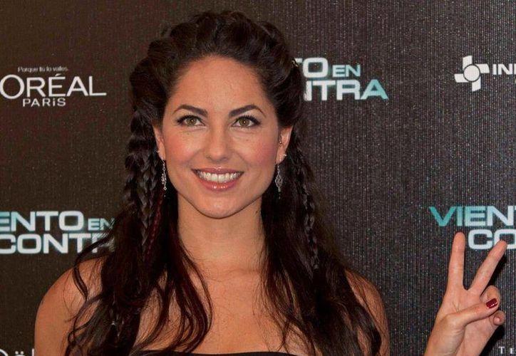 En 'Dos lunas' Barbara Mori encarna a 'Soledad' y 'Luna', gemelas que son separadas cuando niñas tras un accidente automovilístico. (Agencias)