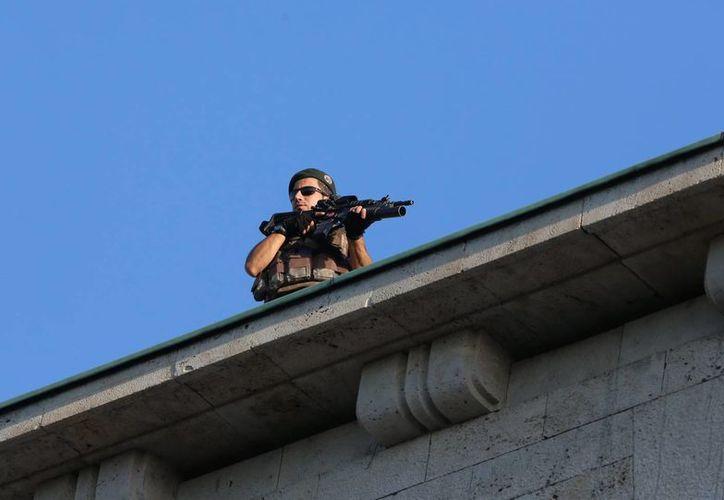 La presidencia turca indica que existe el riesgo de un segundo intento de golpe de Estado. (AP)
