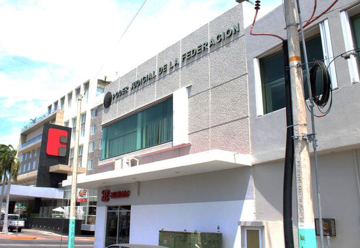 La ex funcionaria enfrenta en libertad un proceso penal derivado de 113 contrato y exenciones irregulares. (Joel Zamora/SIPSE)