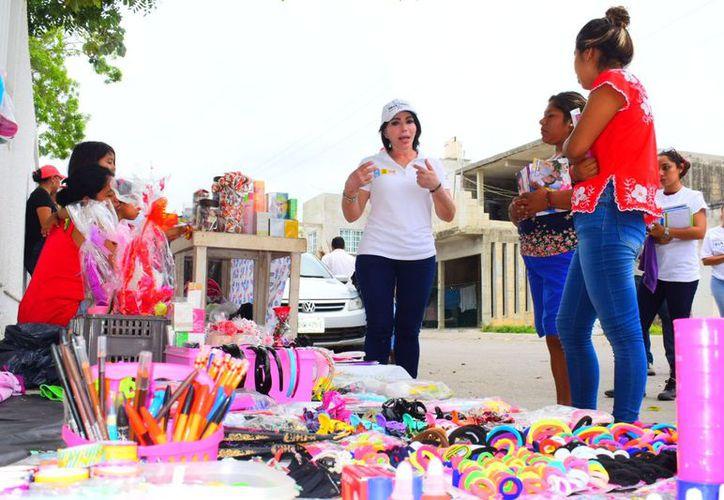 Gaby Pallares afirmó que su campaña va de la mano con las propuestas presidenciales que encabeza Ricardo Anaya. (Redacción/SIPSE)