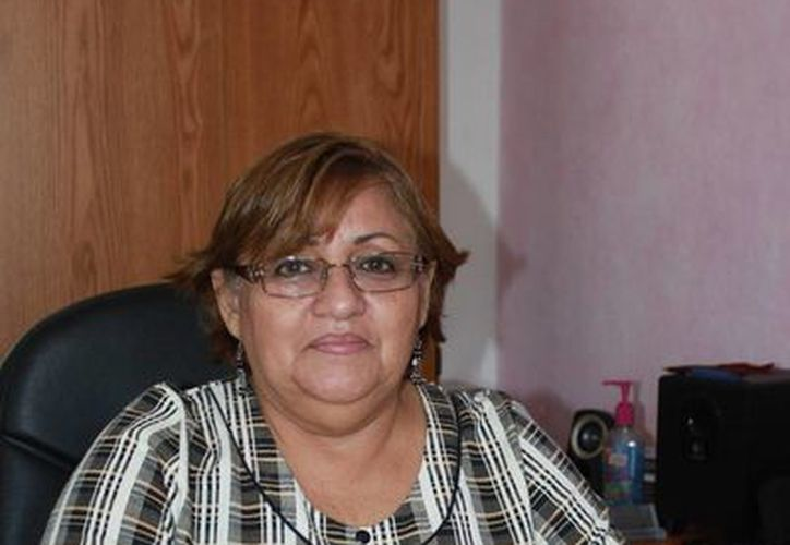 La titular de la Instancia Municipal de la Mujer pide a las mujeres evitar el maltrato. (Cortesía/SIPSE)