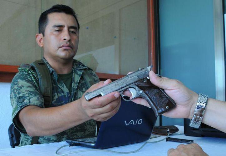 Personal de la Guarnición Militar no quiso dar información al respecto de alguna campaña de canje de armas. (Cortesía/SIPSE)