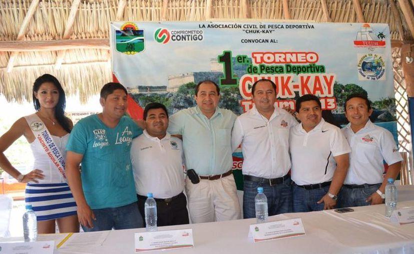 En conferencia de prensa, el alcalde dijo que ha desplegado su mayor energía en el desarrollo del deporte en todo el municipio. (Cortesía/SIPSE)