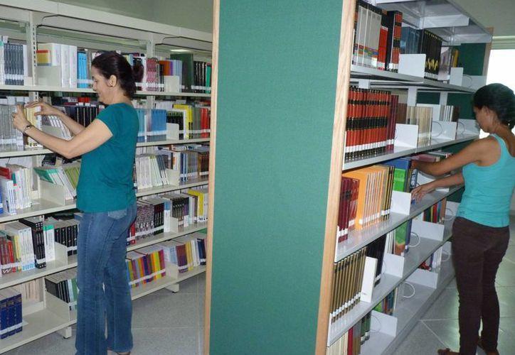 La Uqroo es una universidad que tiene la mayor red de bibliotecas en Quintana Roo. (Licety Díaz/SIPSE)