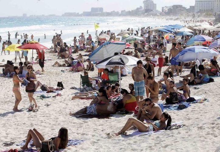 El último fin de semana del mes, Cancún y Puerto Morelos obtuvieron el viernes 21, 96 por ciento; sábado 22, 96.5; y domingo 23, 90.5. (Redacción/SIPSE)