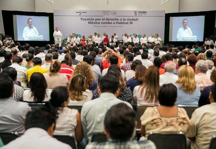 Funcionarios y especialistas de diversas zonas del país participaron en el evento. (Milenio Novedades)