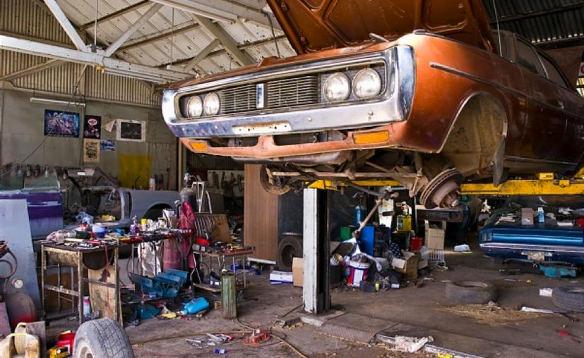 Los talleres mecánicos son los que encabezan la lista de quejas de clientes ante la Profeco. (Contexto/Internet)