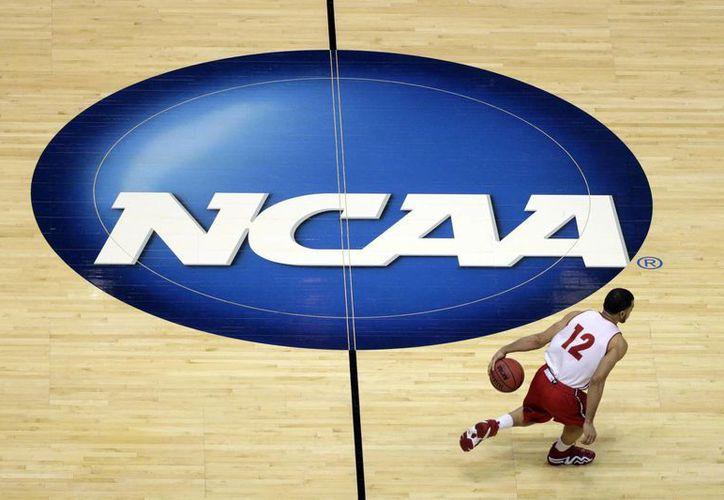 Los atletas podrán ganar una compensación que cobrarán después de graduarse de la universidad. (Foto: AP)