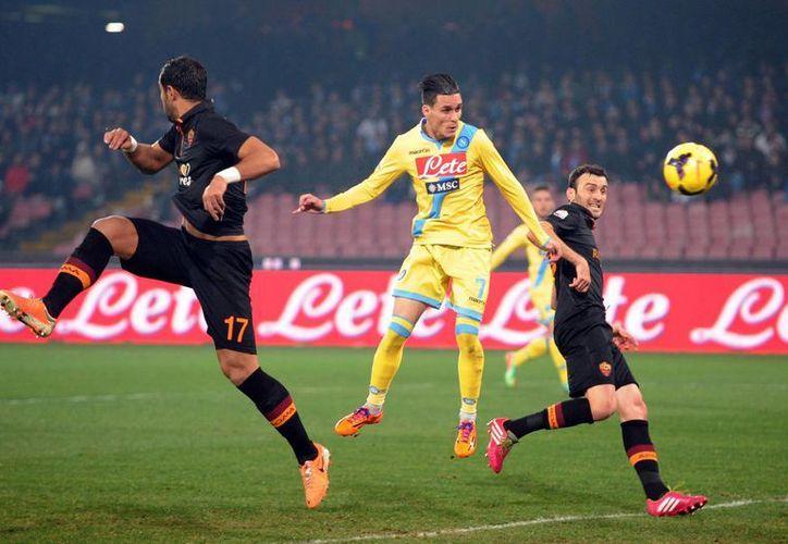 Callejón abrió la cuenta al minuto 33 en el partido de vuelta. El encuentro de ida terminó 3-2 a favor de la Roma. (Agencias)