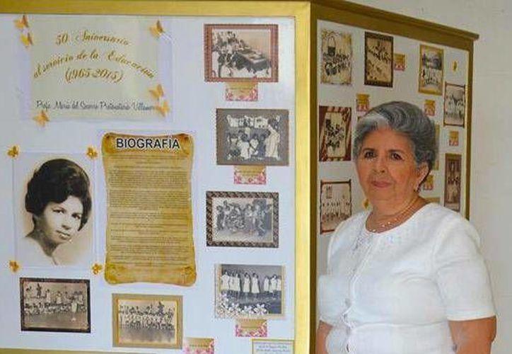 María del Socorro Protonotario Villamor fue reconocida por sus 50 años de maestra. (Contexto/Internet)