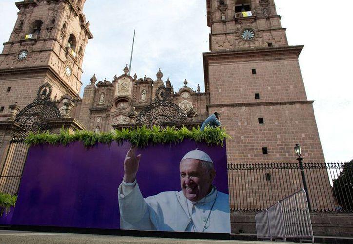 El Papa Francisco visita este martes la Catedral de Morelia. (AP)