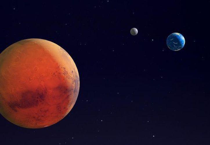 Cuando los dos planetas están tan cerca, Marte aparece muy brillante en nuestro cielo. (Internet)