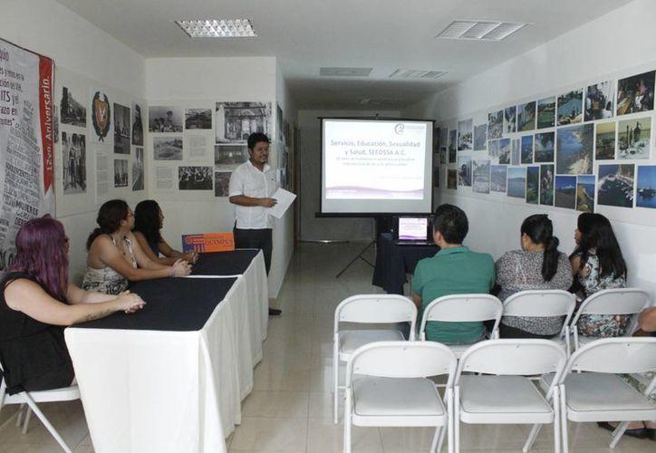 La asociación civil Servicio, Educación, Sexual y Salud (Seedssa), está a cargo de la  capacitación. (Sergio Orozco/SIPSE)