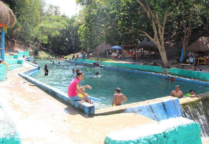 Los encargados de los balnearios descartaron un incremento en las entradas. (Carlos Castillo/SIPSE)