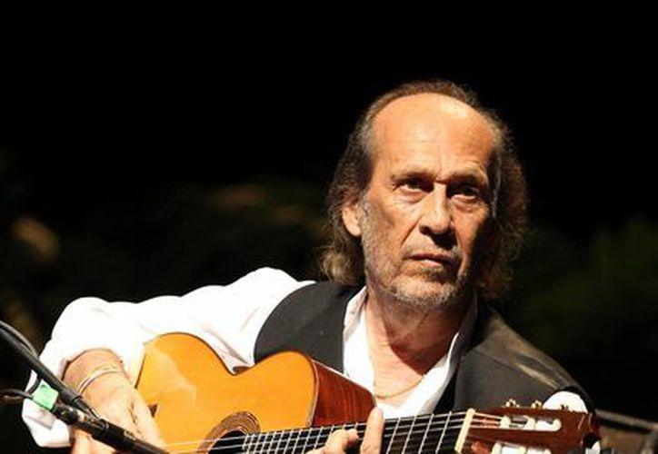 A sus 66 años Paco de Lucía ofrecerá una gira en Brasil. (EFE)