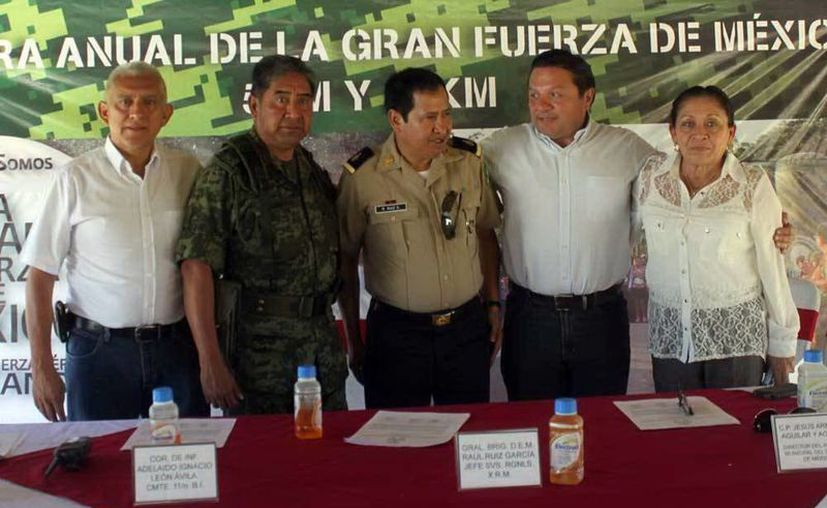 Los uniformados indicaron que los premios serán solamente para la categoría de los 10 km. (SIPSE)